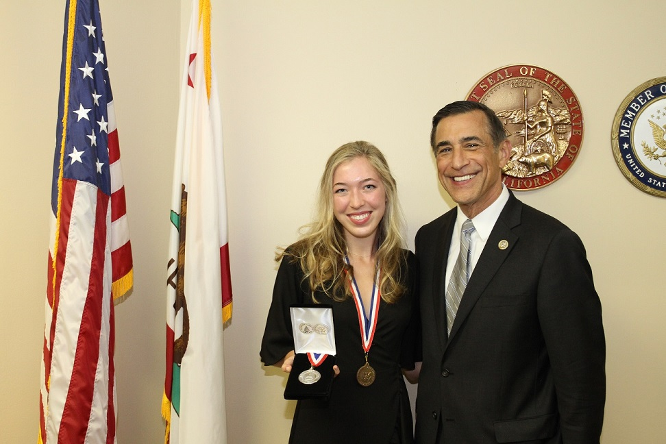 Senior Aubrey Davenport Receives Congressional Medal Award